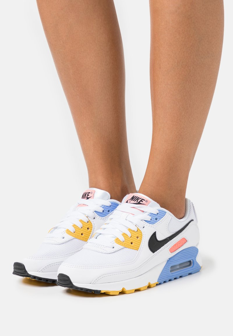 Nike Sportswear - AIR MAX 90 - Sneakers laag - white/black/pure platinum/solar flare/atomic pink/royal pulse