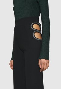 Nly by Nelly - CUT OUT PANTS - Trousers - black - 6