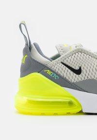 Nike Sportswear - AIR MAX 270 UNISEX - Sneakers basse - light bone/black/volt/particle grey - 5