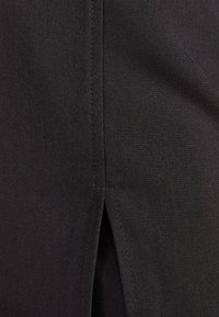Bershka - MIT SCHNALLEN  - Shorts - black - 5