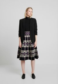 Derhy - OBERKAMPF - A-line skirt - black/purple - 1