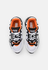 Puma - RS-2K UNISEX - Sneakers basse - white/black/dragon fire - 5