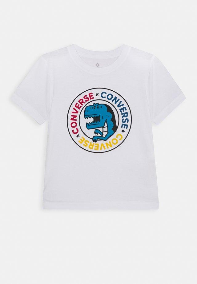 DINO WORDMARK TEE - Print T-shirt - white