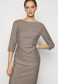 WEEKEND MaxMara - BURGOS - Shift dress - kamel - 3