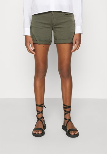 PAOLA - Shorts - lizard
