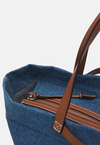 Liebeskind Berlin - AURORA ZIP - Tote bag - blue denim - 3