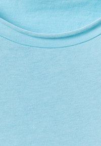 Filippa K - ROLL NECK TEE - Jednoduché triko - turquoise - 2