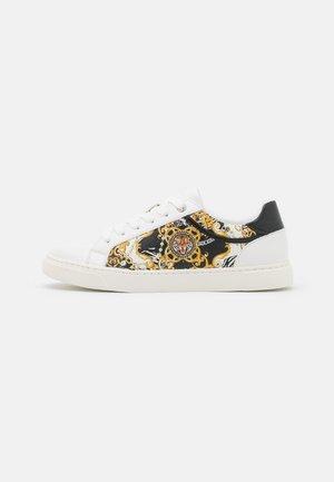 GWERACLYA - Sneakersy niskie - black/multicolor