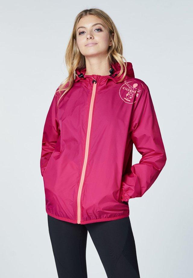 ZUR FALTBAR - Waterproof jacket - bright rose