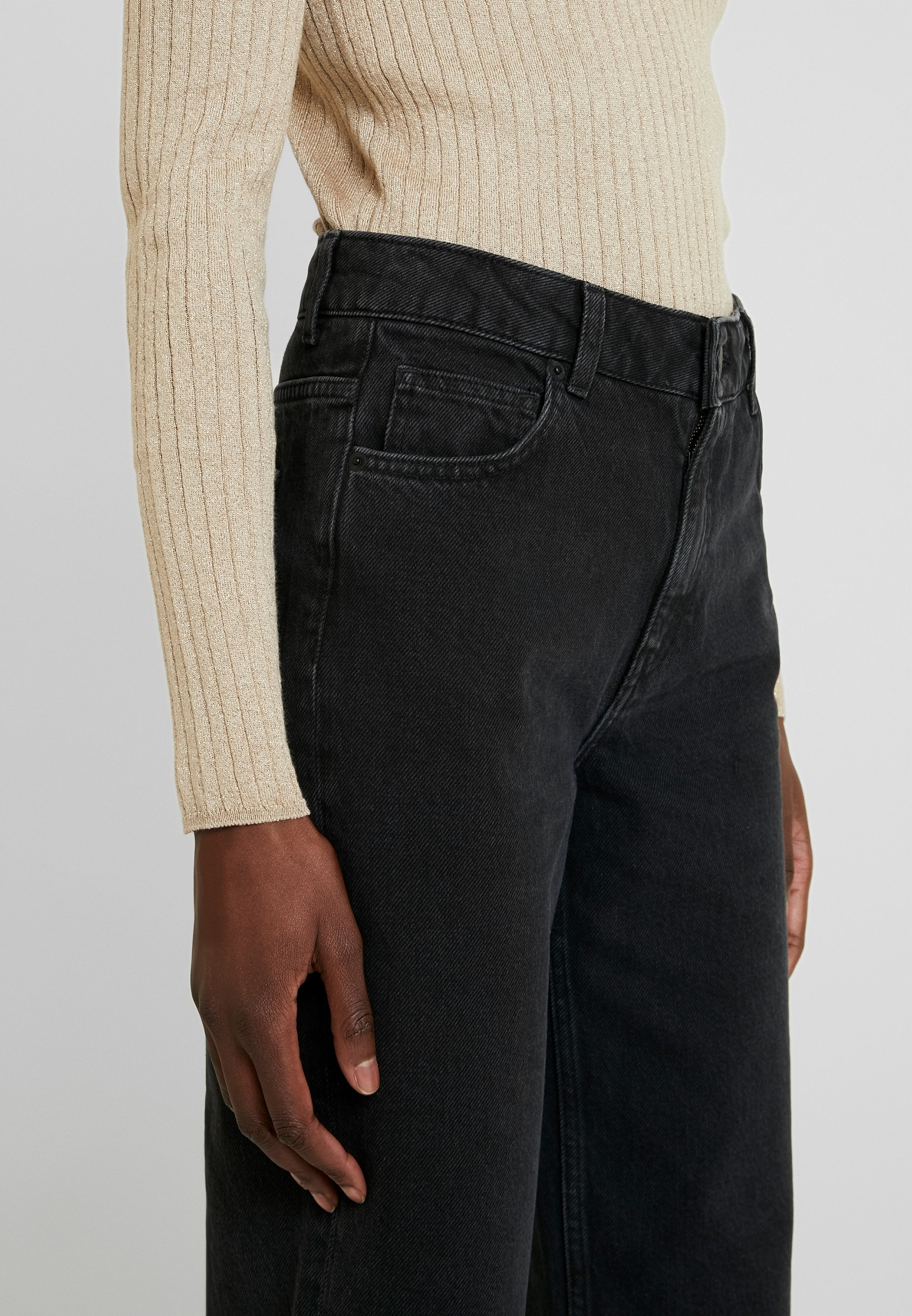 Moss Copenhagen CRYSTAL - Jeans straight leg - black washed
