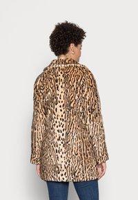 King Louie - AMELIE COAT GATO - Classic coat - beige - 2