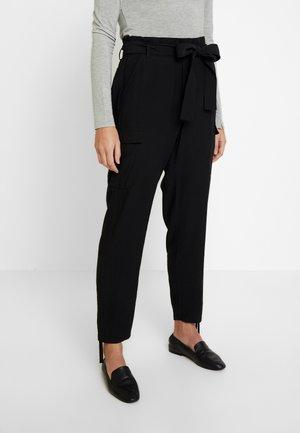 LONA PANTS - Trousers - pitch black