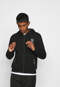 KARL LAGERFELD - HOODY - Zip-up hoodie - black - 3