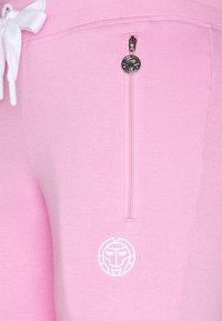 BIDI BADU - AYANDA BASIC PANT - Teplákové kalhoty - rose - 2