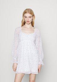 Hollister Co. - SHORT DRESS - Vestido informal - white - 0