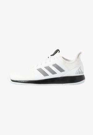 DEFIANT BOUNCE 2 - Multicourt tennis shoes - footwear white/core black