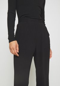 Mossman - THE FLAWLESS PANT - Trousers - black - 4