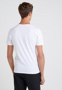 DRYKORN - QUENTIN - T-shirt - bas - white - 2