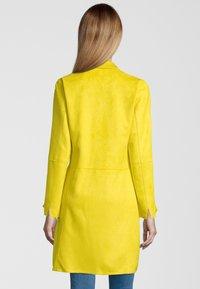 Rino&Pelle - MANTEL BABICE - Short coat - yellow - 1