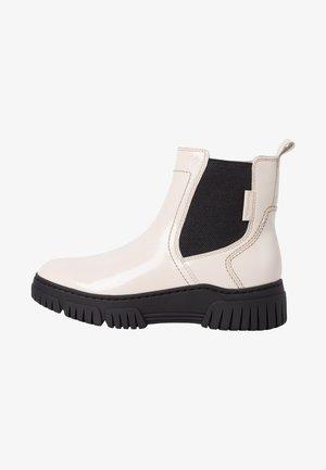 Korte laarzen - cream patent