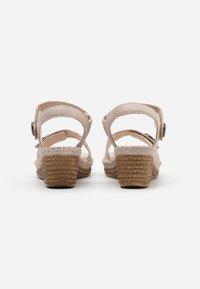 Jana - Platform sandals - pepper/light gold - 3