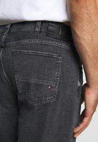 Tommy Hilfiger - MADISON AGAR - Straight leg jeans - denim - 3