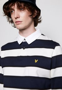 Lyle & Scott - STRIPED RUGBY RELAXED FIT - Piké - dark navy - 4