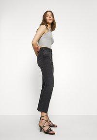 Gina Tricot - YLVA KICKFLARE  - Flared jeans - offblack - 3