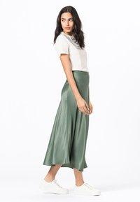 HALLHUBER - ROCK SWIRLING - A-line skirt - seegrün - 2