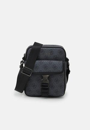 VEZZOLA PRINT - Across body bag - black
