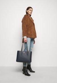 kate spade new york - LARGE TOTE SET - Tote bag - blazer blue - 0