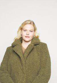 Noisy May Curve - NMGABI JACKET - Classic coat - kalamata - 3