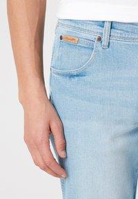Wrangler - TEXAS - Straight leg jeans - clear blue - 4