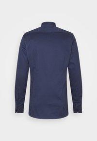 OLYMP Level Five - Koszula biznesowa - marine - 7
