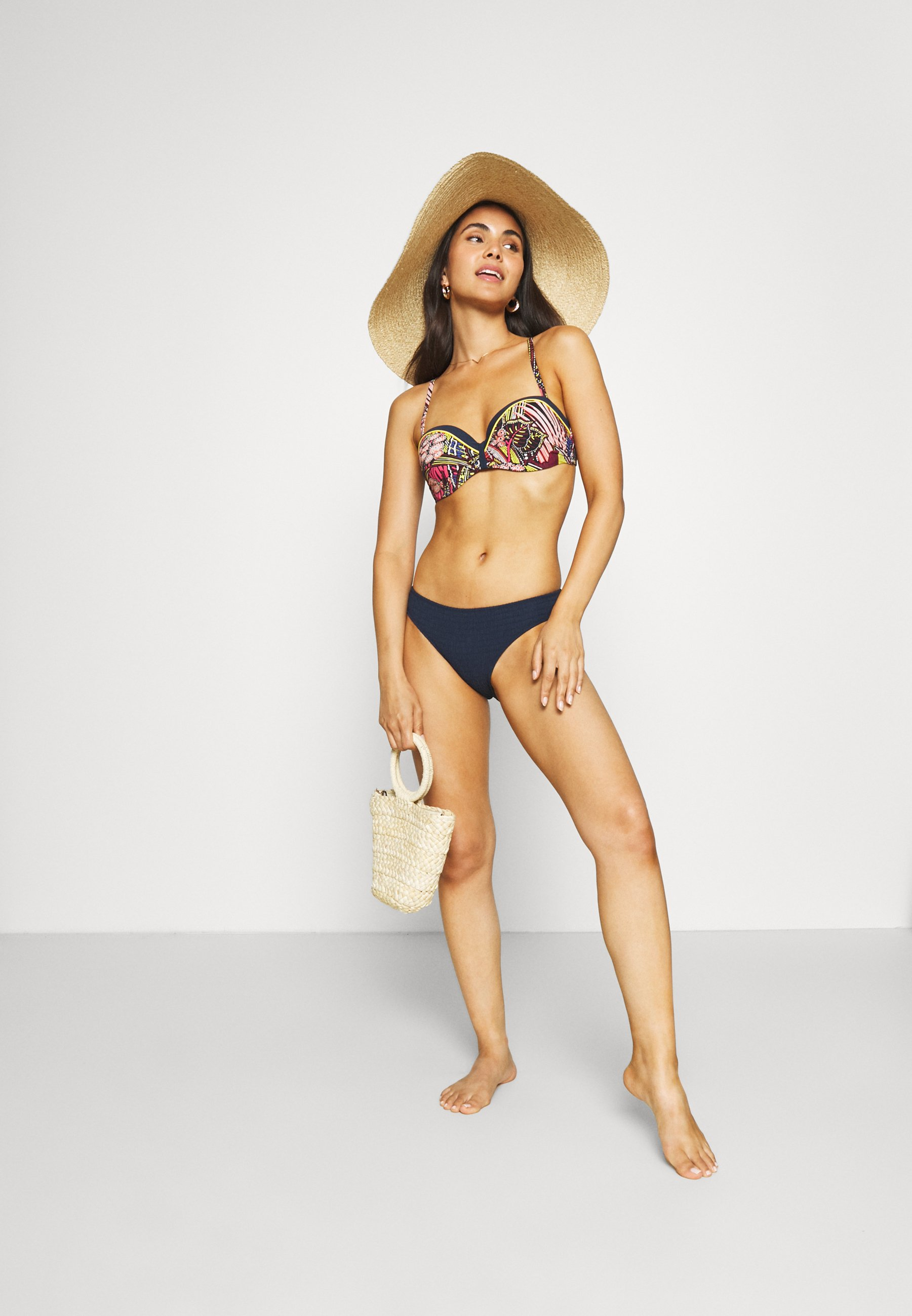 Women ETHNIC BANDEAU - Bikini top