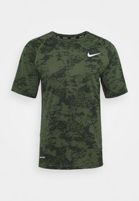 Nike Performance - SLIM  - Camiseta estampada - medium olive/white - 4