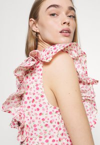 YAS - YASMUNLA MIDI DRESS SHOW - Day dress - star white - 3
