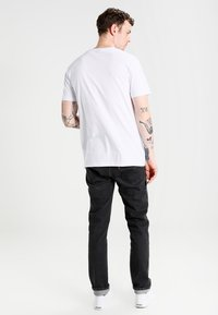 Mister Tee - 2PAC  - Print T-shirt - white - 2