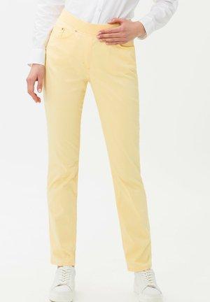 STYLE PAMINA - Pantalon classique - yellow