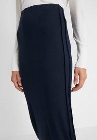By Malene Birger - KACIE - Pouzdrová sukně - navy blazer - 4
