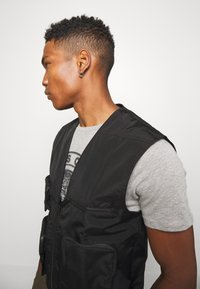 Good For Nothing - UTILITY VEST - Liivi - black - 3
