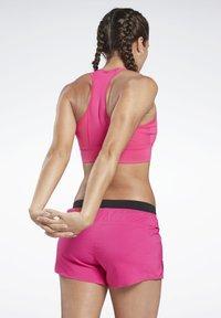 Reebok - RUNNING ESSENTIALS HIGH-IMPACT BRA - Sujetador deportivo - pink - 2