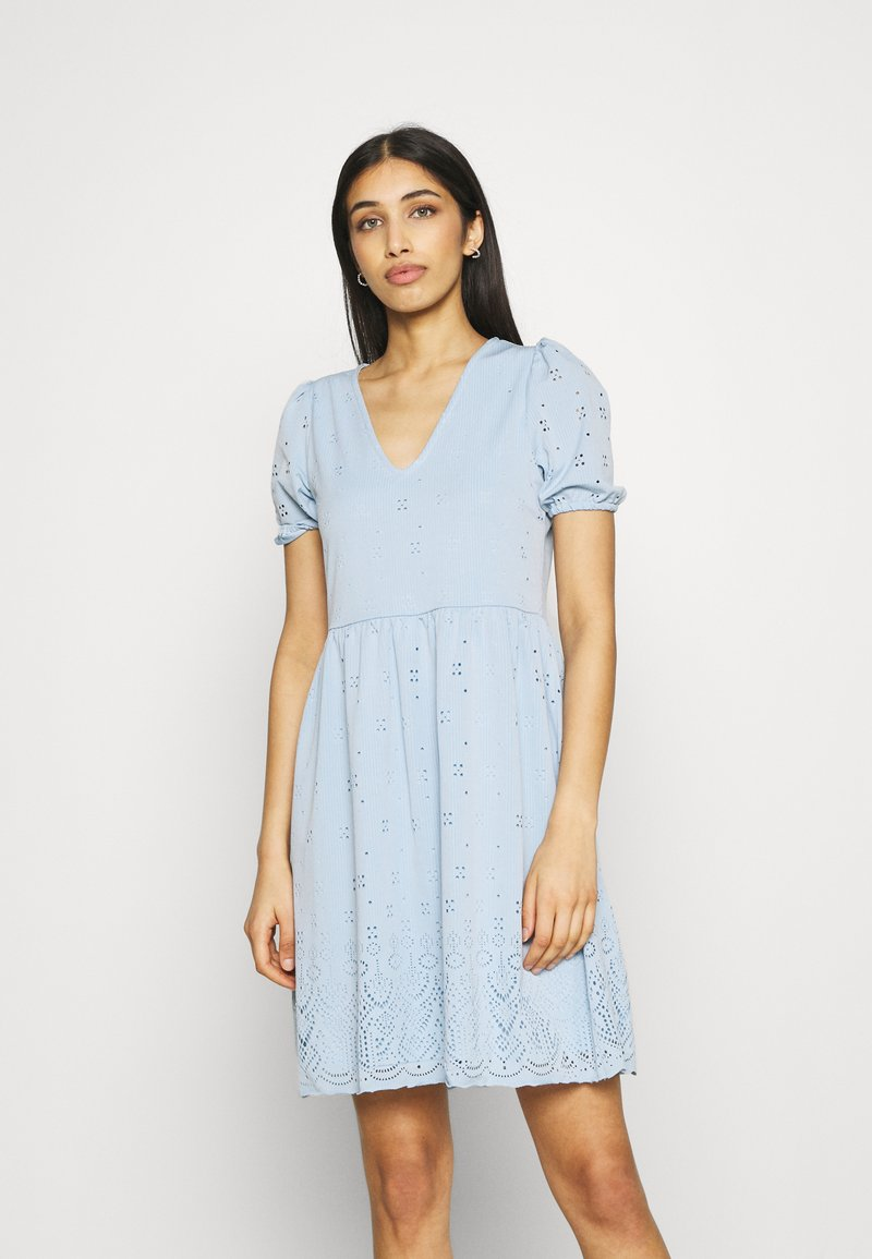 Vila - VITAMARA SHORT BRODERI DRESS - Denní šaty - blue