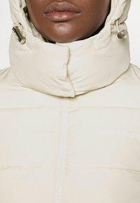 Calvin Klein Jeans - Zimní bunda - soft cream - 5