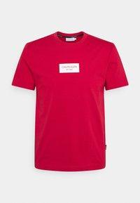 Calvin Klein - CHEST BOX LOGO - T-shirt print - red - 0
