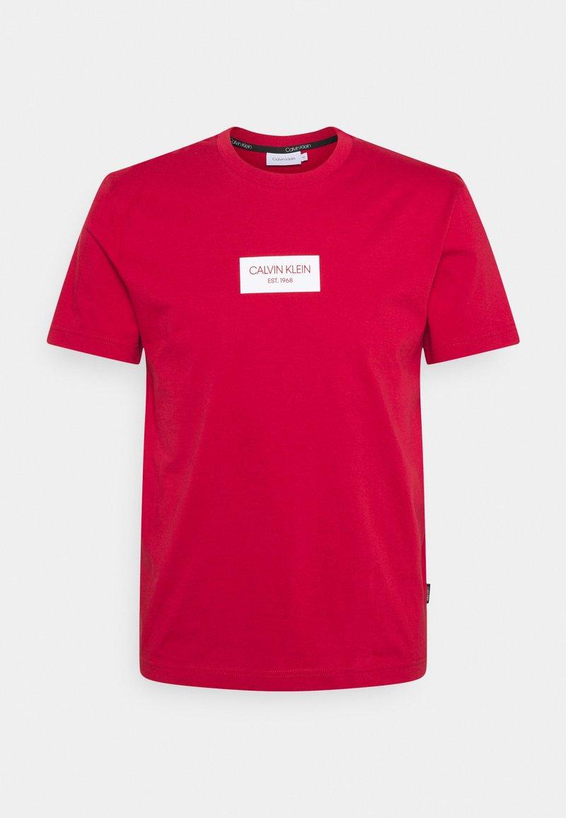 Calvin Klein - CHEST BOX LOGO - T-shirt print - red