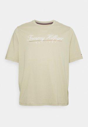 SCRIPT LOGO TEE UNISEX - T-shirt con stampa - desert tan