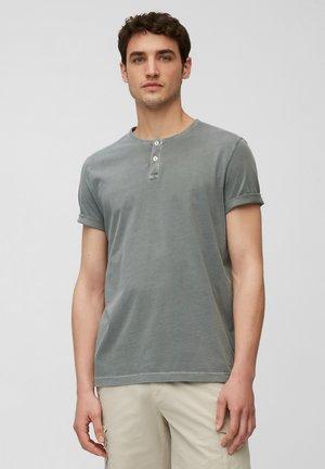 Basic T-shirt - balsam green
