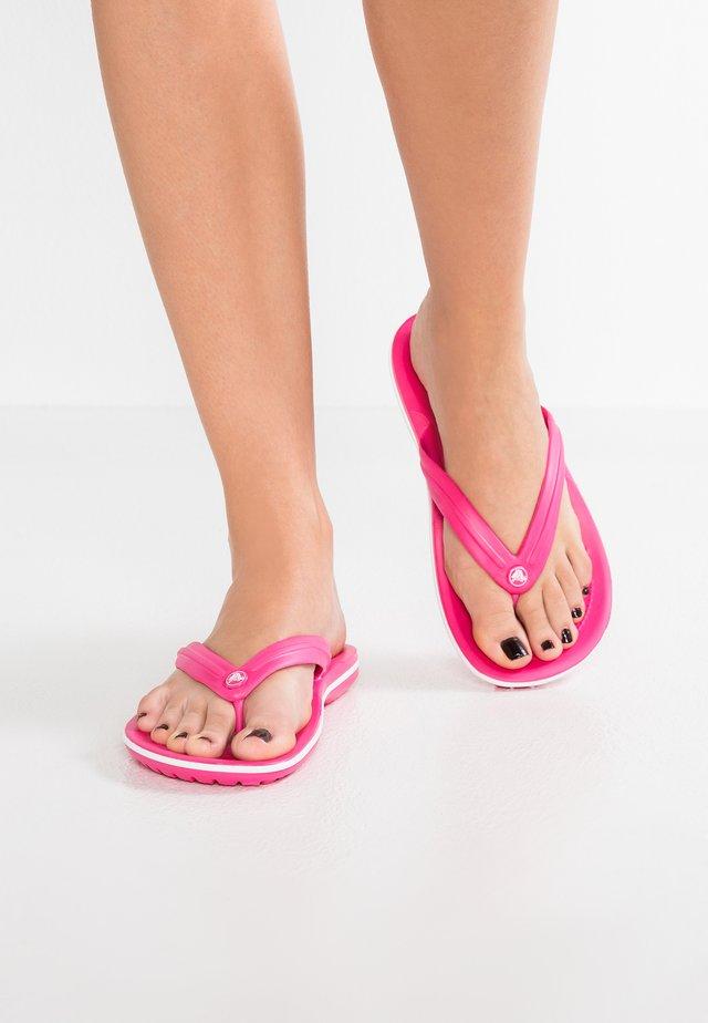CROCBAND FLIP - Pantuflas - paradise pink/white