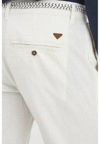 Blend - MENNIX  - Kalhoty - Offwhite - 4